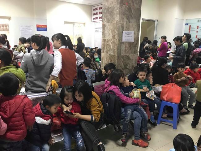 Hà Nội: Tiếp tục thêm hàng trăm trẻ phải đi xét nghiệm sau sự việc phát hiện sán lợn - Ảnh 7.