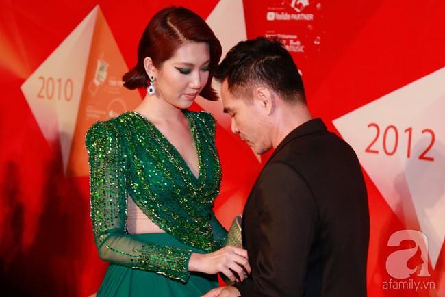 Thúy Ngân diện váy gợi cảm, xuất hiện đẹp đôi cùng Trung Dũng trên thảm đỏ - Ảnh 3.