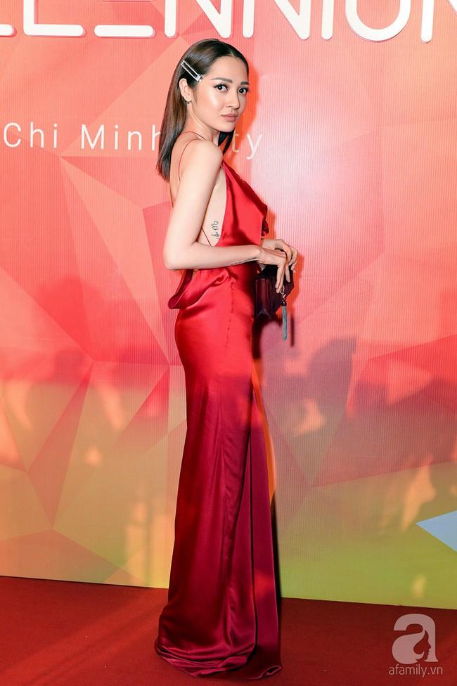 Thúy Ngân diện váy gợi cảm, xuất hiện đẹp đôi cùng Trung Dũng trên thảm đỏ - Ảnh 19.