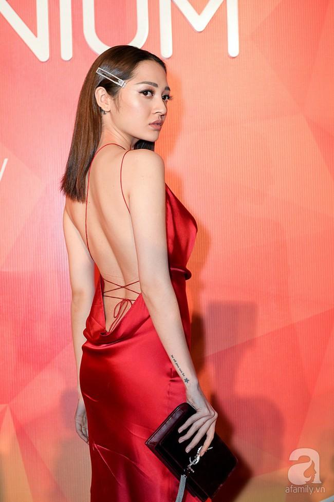Thúy Ngân diện váy gợi cảm, xuất hiện đẹp đôi cùng Trung Dũng trên thảm đỏ - Ảnh 20.