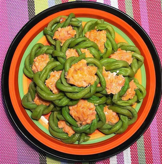 Ngưỡng mộ sự sáng tạo của 8x Hà Nội xếp các loại rau củ quen thuộc thành hình siêu xinh - Ảnh 4.
