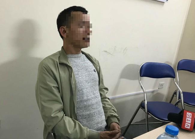 """Cha của bé gái 9 tuổi bị hiếp dâm ở vườn chuối: """"Nhiều người rỉ tai nhau vợ chồng tôi bán con để Trình được thả"""" - Ảnh 1."""