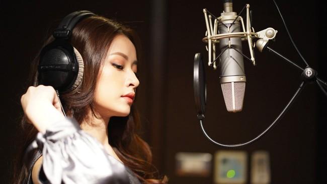 Bị chê không đủ khả năng làm ca sĩ, Chi Pu vẫn tự tin hát tiếng Thái giữa dàn mỹ nhân châu Á - Ảnh 12.