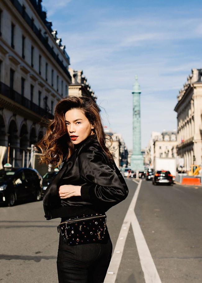 Bỏ quên nội y Hồ Ngọc Hà hóa quý cô sành điệu giữa đường phố Paris - Ảnh 5.