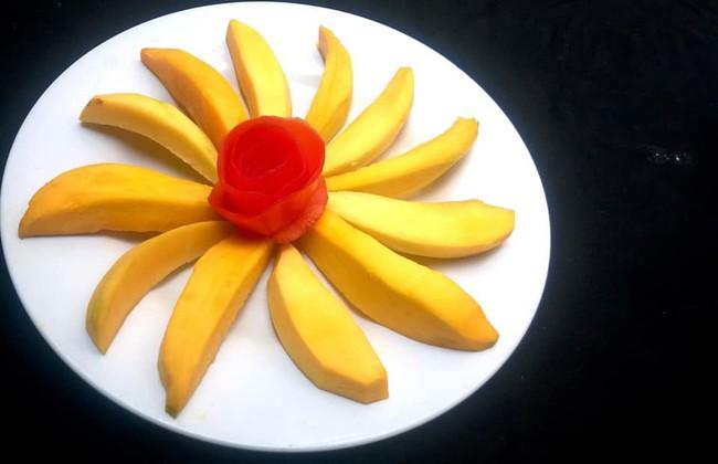 Lác mắt với những cách cắt xếp trái cây đẹp mê hồn của mẹ đảm Sài Gòn - Ảnh 7.
