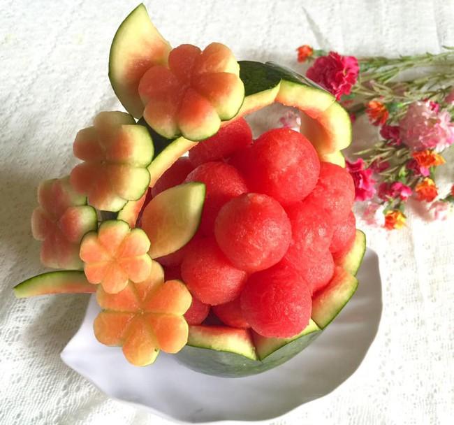 Lác mắt với những cách cắt xếp trái cây đẹp mê hồn của mẹ đảm Sài Gòn - Ảnh 10.