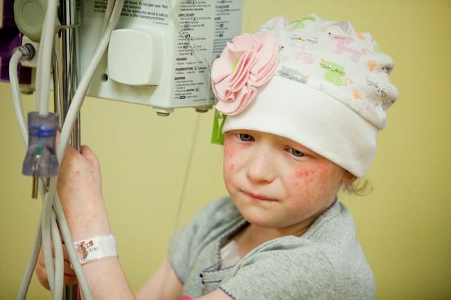 Câu chuyện khối u ở trẻ nhỏ: Chia sẻ của vị bác sĩ quốc dân khiến mẹ nào đọc rồi cũng không thể rời mắt khỏi con - Ảnh 7.