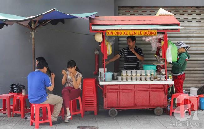 Sài Gòn những ngày đầu hè, thanh nhiệt tức thì với 5 quán chè ngon nức tiếng, nhắc tên ai cũng biết - Ảnh 8.