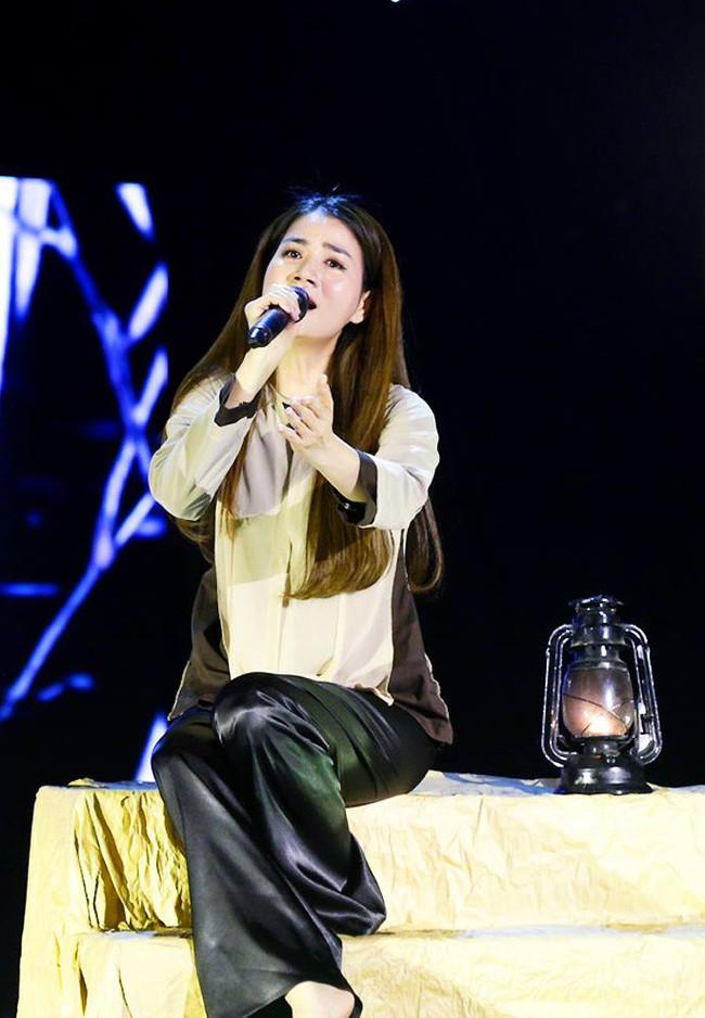 Hamlet Trương khiến đàn chị xinh đẹp khóc cạn nước mắt trên sân khấu Bolero - Ảnh 5.
