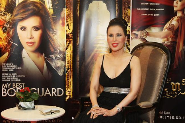 3 nàng công chúa nổi tiếng Thái Lan: Nhan sắc ở mức thường thường bậc trung nhưng ai cũng phải kiêng nể, đến đấng mày râu cũng nghiêng mình bái phục vì điều này - Ảnh 3.