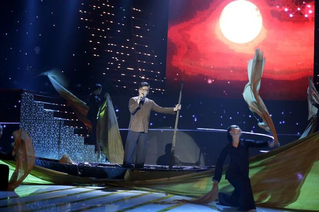 Hamlet Trương khiến đàn chị xinh đẹp khóc cạn nước mắt trên sân khấu Bolero - Ảnh 9.