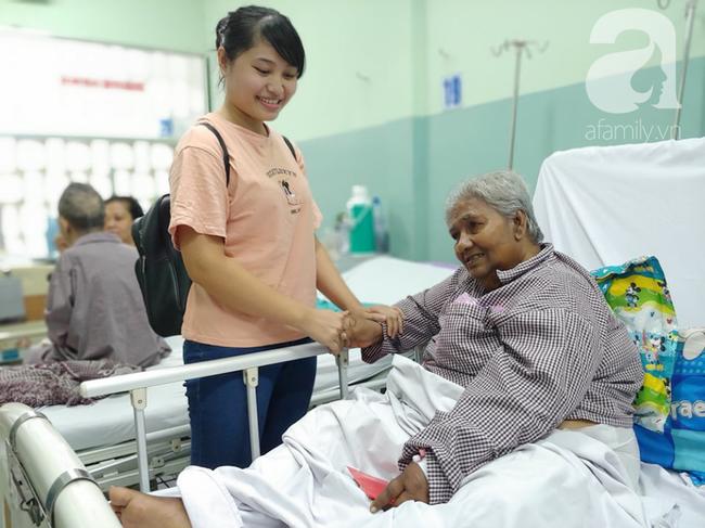 Cụ bà bị giật vé số té đập đầu hôn mê được hỗ trợ 50 triệu đồng: Tiền dư tôi chuyển cho bệnh nhân khác - Ảnh 4.