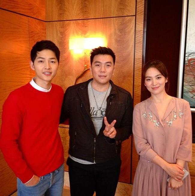 Song Joong Ki đăng ảnh ngọt ngào chụp cùng Song Hye Kyo đập tan tin đồn ly hôn nhưng sự thật là gì? - Ảnh 4.