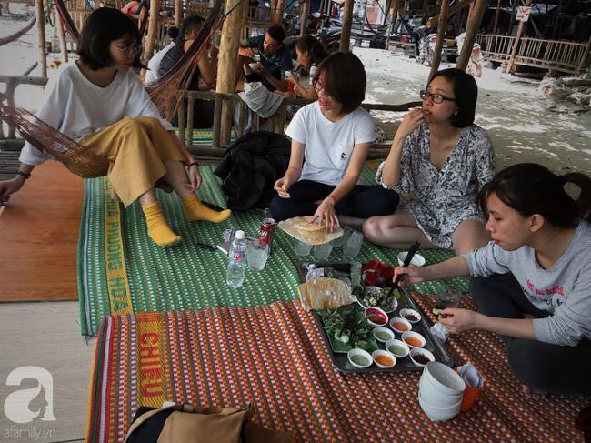 Món gà chỉ trứ danh ở quán ăn bình dân mát rượi gió biển, ai đến Quy Nhơn cũng phải nếm thử một lần - Ảnh 6.