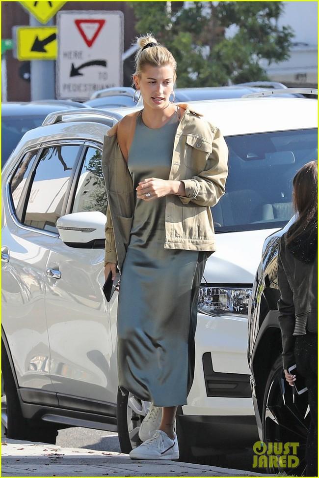 Từng quý mến Selena nhưng mẹ Justin Bieber lại làm điều này với con dâu mới thay vì tình cũ của con trai - Ảnh 3.