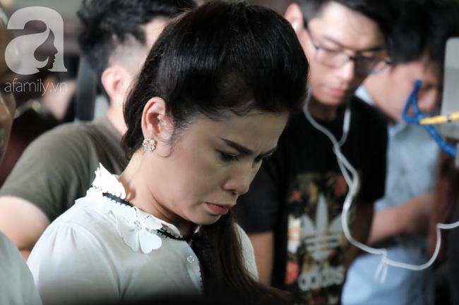 Chùm ảnh: Đủ mọi cung bậc cảm xúc của ông Vũ, bà Thảo trong phiên tòa ly hôn nghìn tỷ - Ảnh 10.
