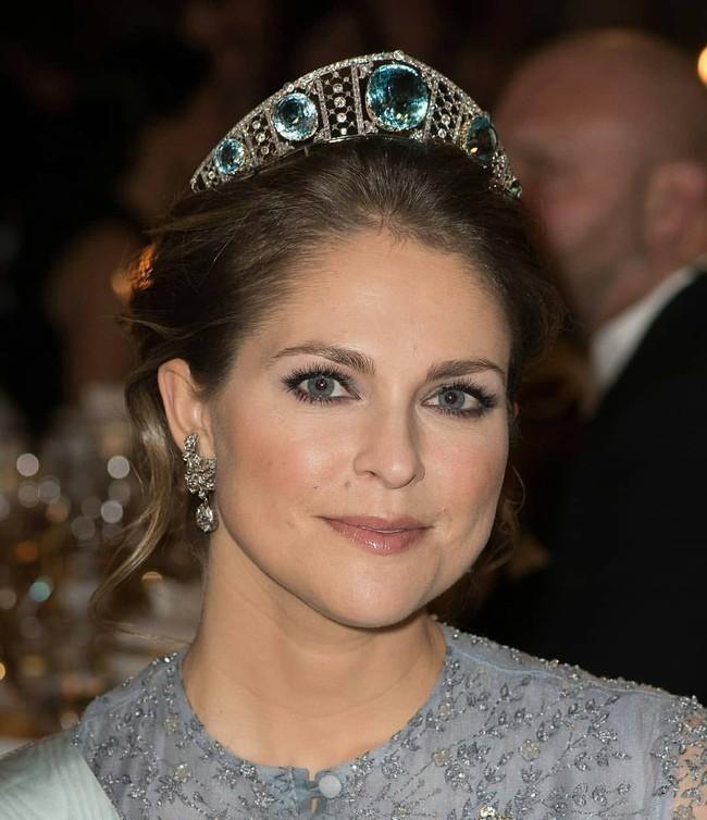 Bên cạnh 2 nàng dâu Hoàng gia Anh, thế giới vẫn còn những công nương và công chúa khác xinh đẹp, quyến rũ và quyền lực đến thế này - Ảnh 15.