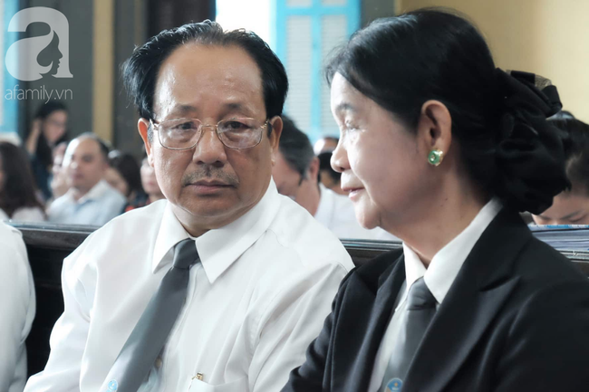 Vụ ly hôn nghìn tỷ: Giao toàn bộ cổ phần Trung Nguyên cho ông Vũ, tài sản chia ông Vũ 60% - bà Thảo 40%  - Ảnh 11.