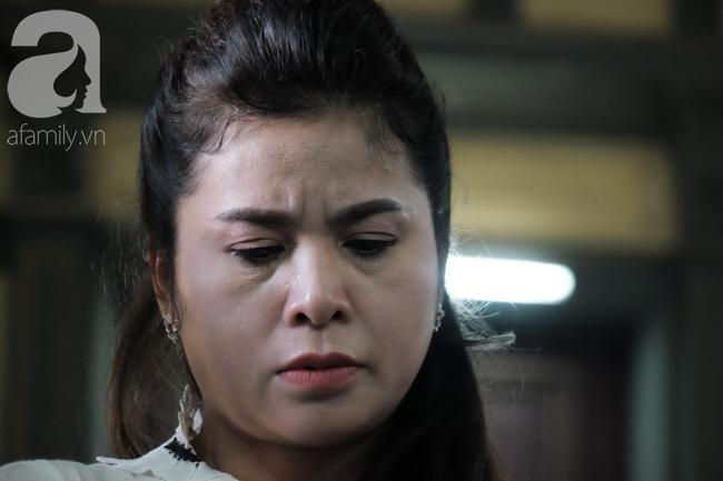 Chùm ảnh: Đủ mọi cung bậc cảm xúc của ông Vũ, bà Thảo trong phiên tòa ly hôn nghìn tỷ - Ảnh 16.