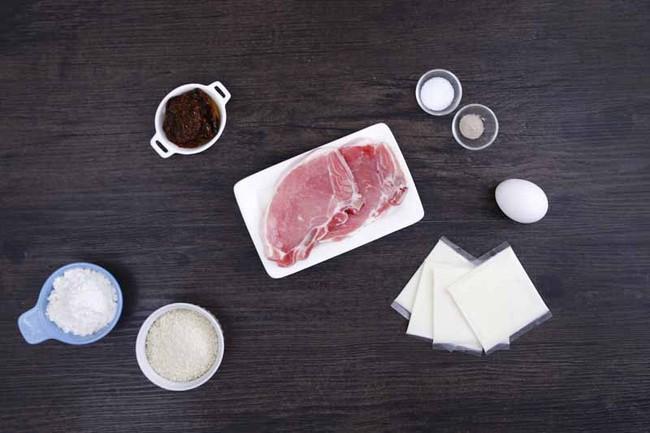 Thịt cuộn phô mai - món khai vị ngon đến bất ngờ - Ảnh 1.