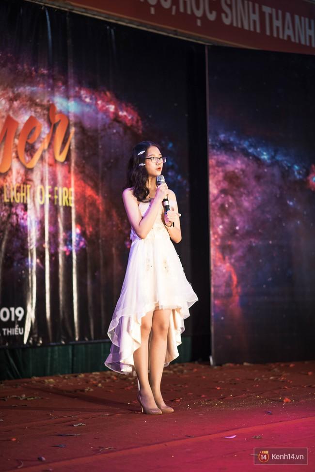 Nữ sinh 2002 đáp trả ông Đặng Lê Nguyên Vũ tiền nhiều để làm gì cực gắt sau vụ ly hôn bạc tỷ gây chấn động - Ảnh 1.