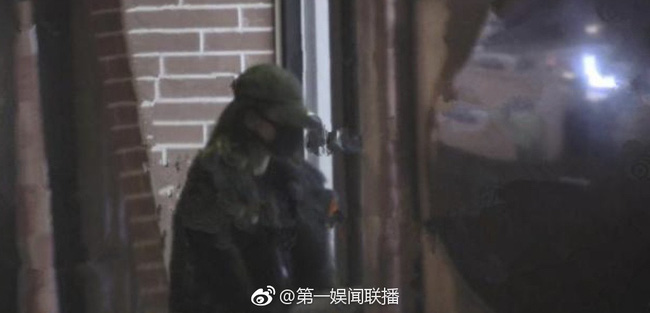 Vừa đi làm về đã xách hành lý sang nhà Trương Hàn, Cổ Lực Na Trát tái hợp với bạn trai cũ sau 2 năm chia tay? - Ảnh 8.