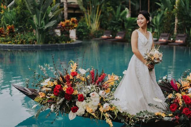 Có gì trong bộ ảnh cưới tuyệt đỉnh thanh lịch và cực chịu chơi ở Hội An, phí dự tính 500 triệu, khiến báo nước ngoài ngợi ca hết lời - Ảnh 5.