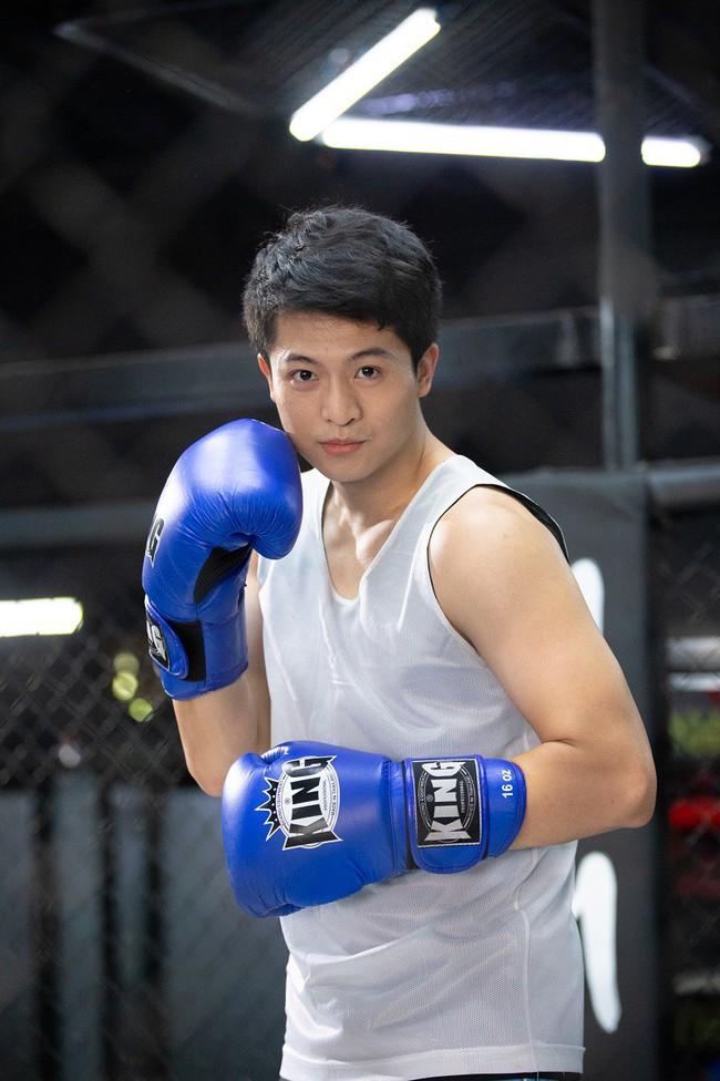 Vừa tái xuất, Harry Lu đã vướng phải tình tay ba với Trịnh Thảo - Sĩ Thanh - Ảnh 3.