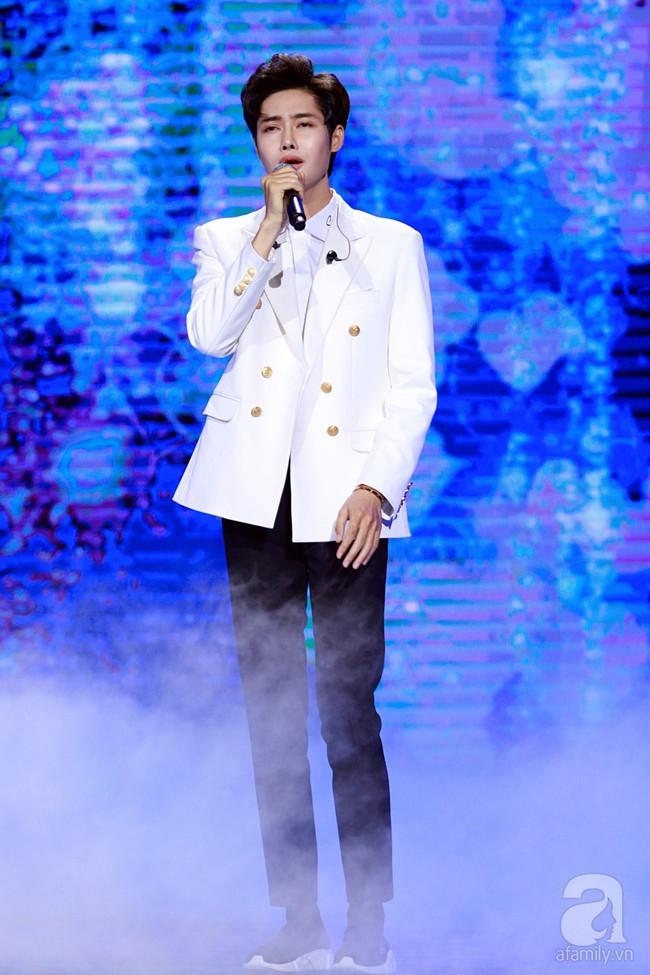 Super Junior khiến khán giả Việt vỡ òa với loạt hit khủng sau 7 năm - Ảnh 12.