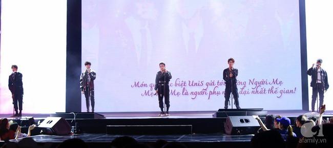 Super Junior khiến khán giả Việt vỡ òa với loạt hit khủng sau 7 năm - Ảnh 13.