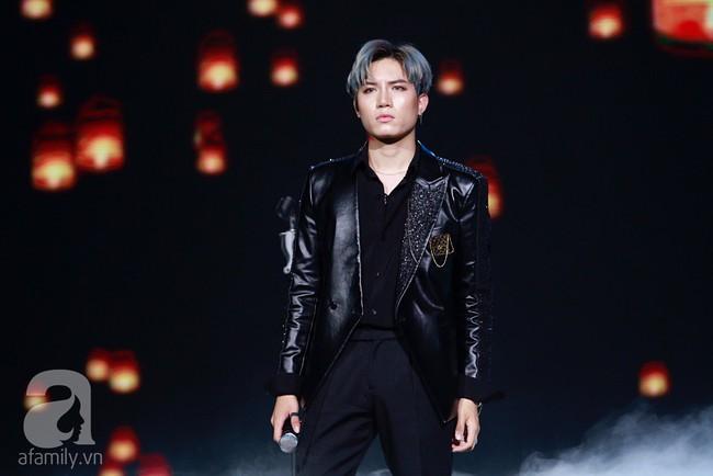 Super Junior khiến khán giả Việt vỡ òa với loạt hit khủng sau 7 năm - Ảnh 15.