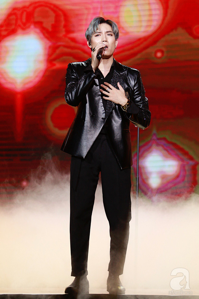 Super Junior khiến khán giả Việt vỡ òa với loạt hit khủng sau 7 năm - Ảnh 16.