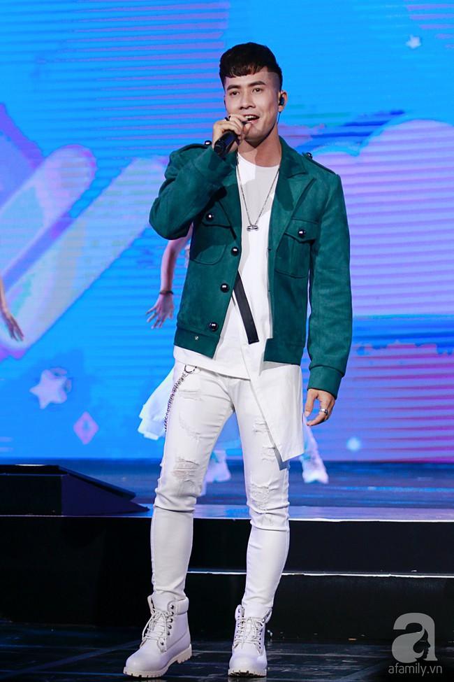 Super Junior khiến khán giả Việt vỡ òa với loạt hit khủng sau 7 năm - Ảnh 24.