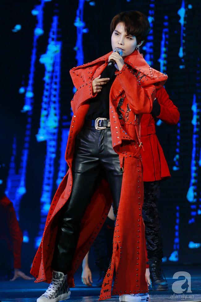 Super Junior khiến khán giả Việt vỡ òa với loạt hit khủng sau 7 năm - Ảnh 27.