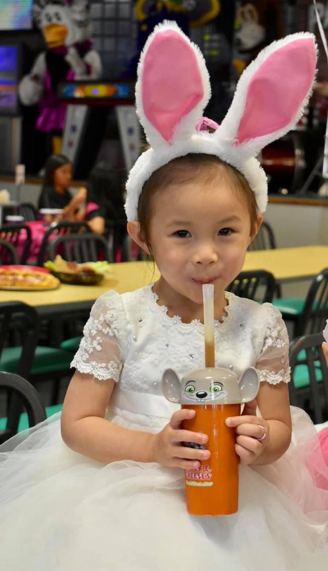 Từng ồn ào có con với Ngô Kiến Huy, em gái Thanh Thảo gây bất ngờ khi khoe con gái cực đáng yêu - Ảnh 3.