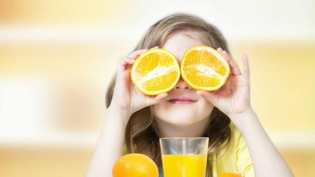 Thủ phạm gây sâu răng núp bóng những món ăn vặt được yêu thích mà cha mẹ hay cho con ăn mỗi ngày - Ảnh 1.