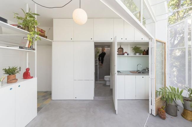 Căn hộ 25m² mát về hè, ấm về đông và luôn rộng hơn diện tích thực bởi thiết kế nội thất thông minh - Ảnh 7.