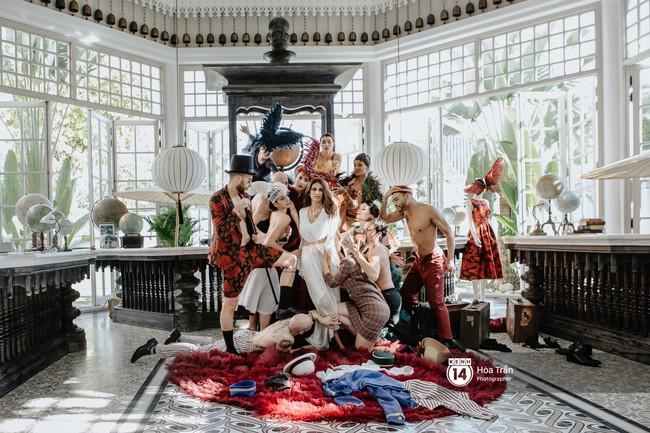 Thì ra chú rể tỷ phú Ấn Độ trong đám cưới xa hoa bậc nhất với 7 ngày ở Phú Quốc không chỉ siêu giàu mà còn cực ngôn tình thế này - Ảnh 1.