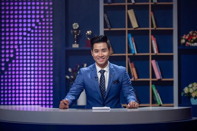 Bị chỉ trích khi làm MC Confetti, Nguyên Khang chính thức lên tiếng: Nếu tôi không tốt, nhà sản xuất đã không chọn!  - Ảnh 4.