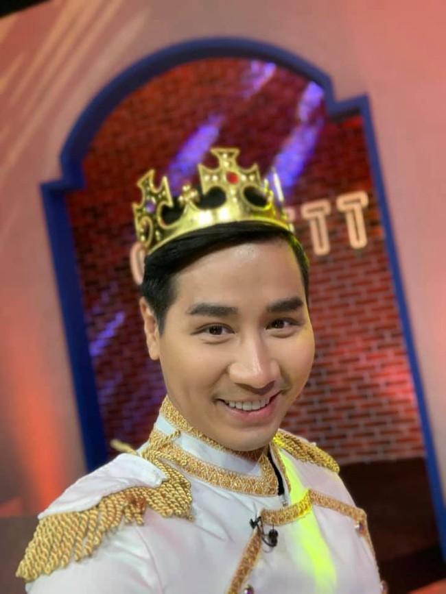 Bị chỉ trích khi làm MC Confetti, Nguyên Khang chính thức lên tiếng: Nếu tôi không tốt, nhà sản xuất đã không chọn!  - Ảnh 1.