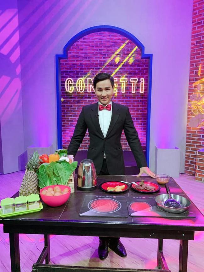Bị chỉ trích khi làm MC Confetti, Nguyên Khang chính thức lên tiếng: Nếu tôi không tốt, nhà sản xuất đã không chọn!  - Ảnh 2.