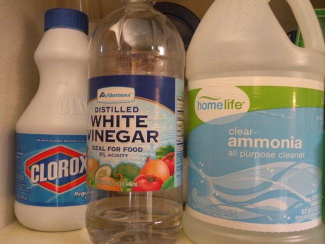 5 hỗn hợp tẩy rửa bạn nên nhớ tuyệt đối không bao giờ được trộn lẫn cùng nhau khi muốn làm sạch nhà - Ảnh 3.