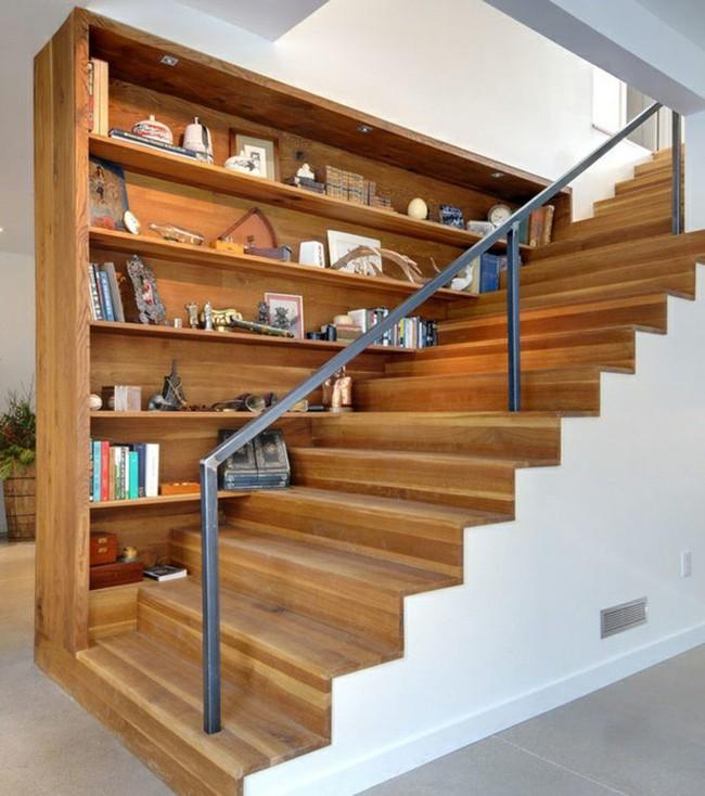 10 mẫu thiết kế cầu thang kiêm tủ sách dưới đây sẽ biến nhà bạn trở thành một thư viện đích thực - Ảnh 4.