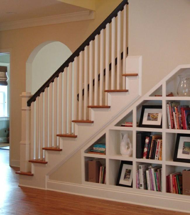 10 mẫu thiết kế cầu thang kiêm tủ sách dưới đây sẽ biến nhà bạn trở thành một thư viện đích thực - Ảnh 5.