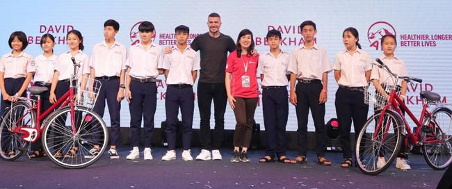 David Beckham tất bật với lịch làm việc chớp nhoáng tại Việt Nam - Ảnh 7.