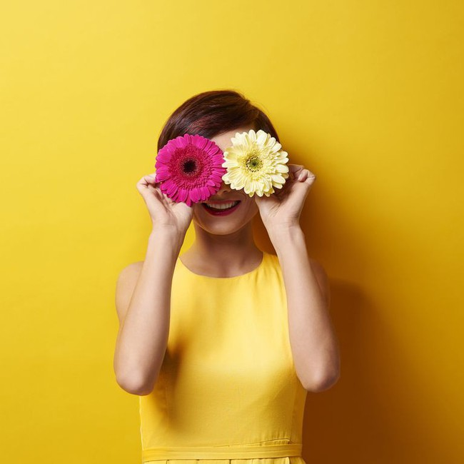 Phân biệt đau mắt đỏ và dị ứng thường gặp vào mùa xuân - Ảnh 1.