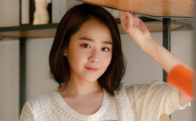 Sau mối tình sâu nặng với Kim Bum, em gái quốc dân Moon Geun Young bất ngờ tiết lộ người đàn ông mà cô yêu thích  - Ảnh 2.