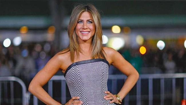 Ở tuổi 50, Jennifer Aniston vẫn đẹp gợi cảm, ai nhìn cũng trầm trồ nhờ bí quyết giữ dáng này - Ảnh 4.