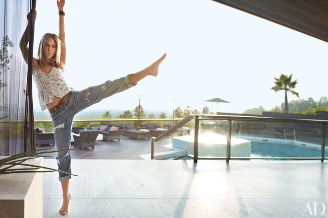 Ở tuổi 50, Jennifer Aniston vẫn đẹp gợi cảm, ai nhìn cũng trầm trồ nhờ bí quyết giữ dáng này - Ảnh 5.