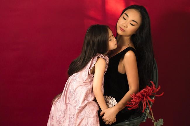 Công chúa lai nhà Đoan Trang xinh đẹp hút hồn qua ống kính cậu ruột - Ảnh 9.